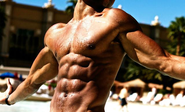 فوائد الماء في تحسين الأداء و نمو العضلات
