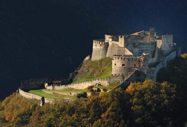 castelli in trentino visita