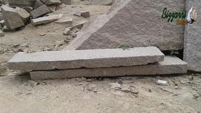 Pedra folheta para escada de pedra em tamanho personalizado.