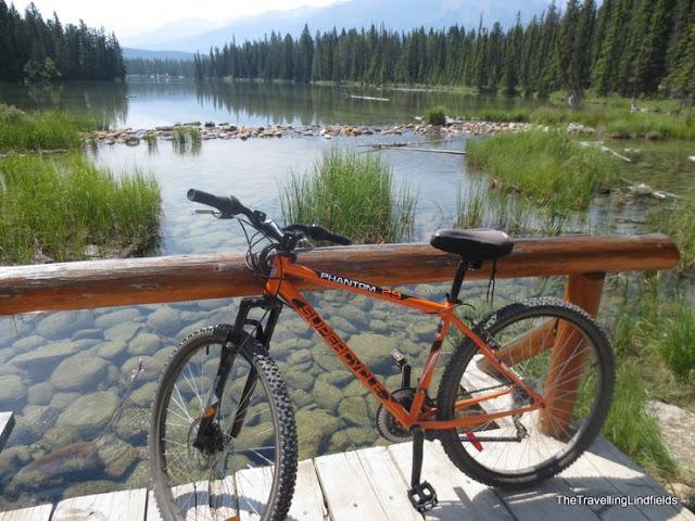 Beauvert Lake, Jasper