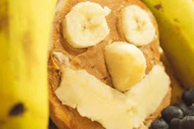Quick and Easy Pre-workout Foods or Snacks,Banana-and-peanut-butter