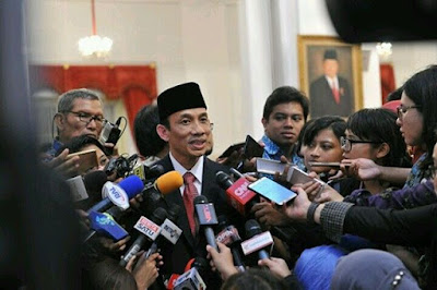 Belum Sebulan Archandra Tahar Jadi Menteri ESDM dalam Reshuffle Kabinet Jilid II Presiden Jokowi Mencopot Jabatannya