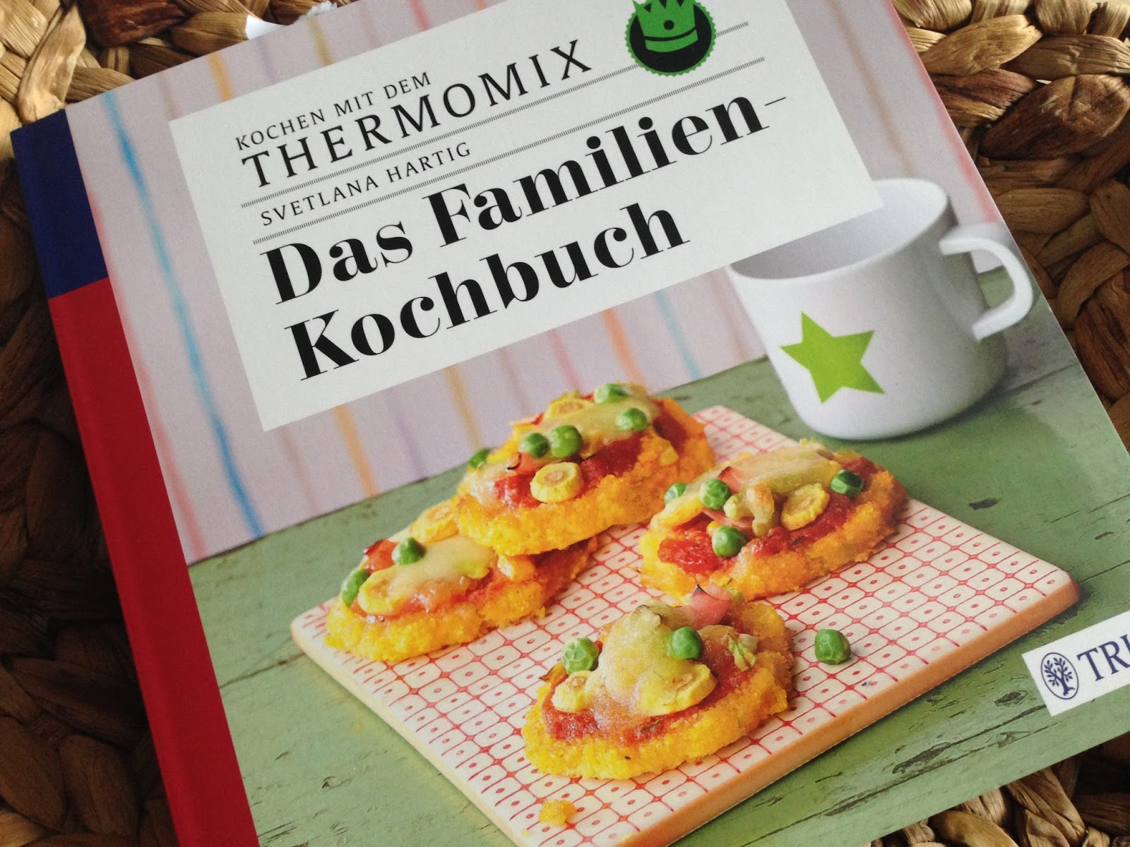 die testlounge kochen mit dem thermomix das familienkochbuch. Black Bedroom Furniture Sets. Home Design Ideas