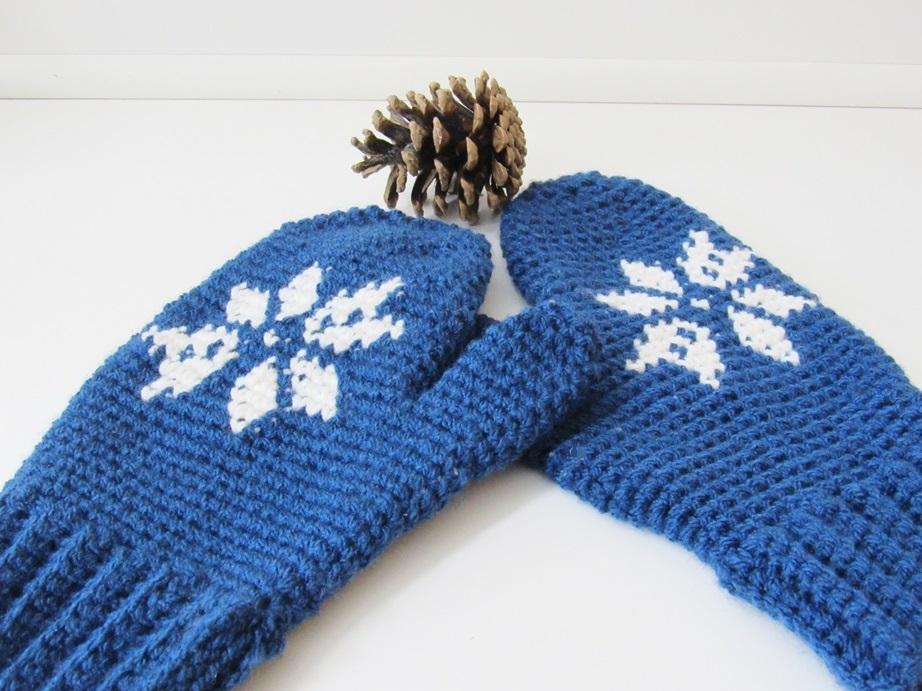 Snowflake Mittens, Free Crochet Pattern - Crochet Dreamz