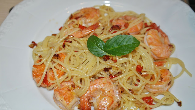 Shrimp with Spaghetti