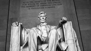 Abraham Lincoln Status in Hindi 2022
