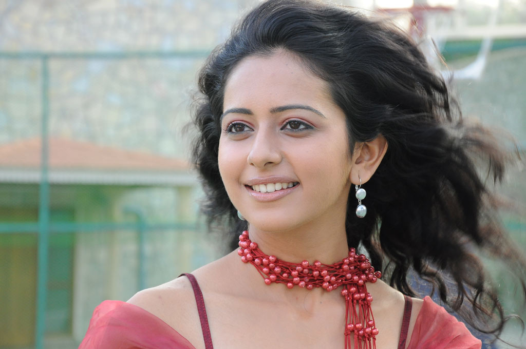 Rakul Preet Singh Gorgeous Close Up Face Photos