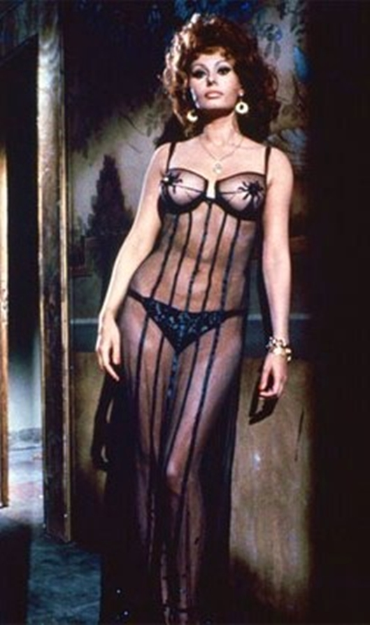 did raquel welch ever pose nude jpg 1080x810