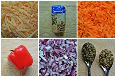 Penne z czerwonymi warzywami i włoską nutą - składniki