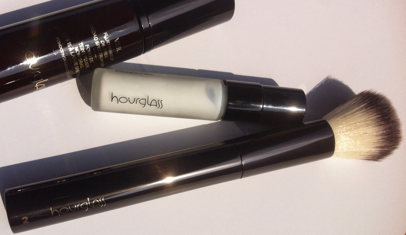 hourglass cosmetics italia, veil primer recensione review, veil fluid make up, brush no 2