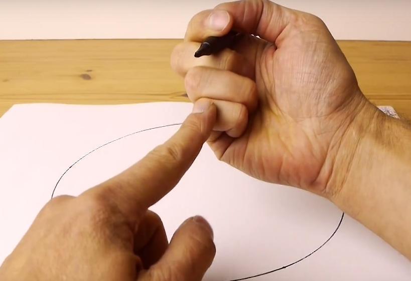 Inilah Alasan Mengapa Kita Sulit Menggambar Lingkaran Dengan Sempurna, Bahkan Oleh Seorang Seniman Sekalipun