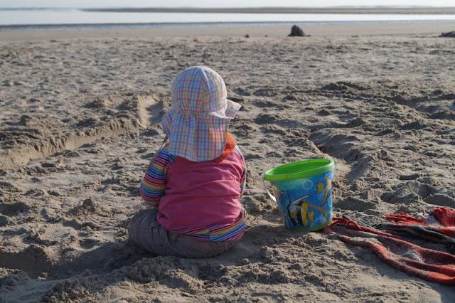 Tolle Erlebnisse in und um Blavand: Ausflugstipps für Familien. Am Strand von Blavand fühlen sich die Kinder wohl!