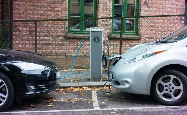 Tinuku Electric and hybrid cars sales in Norway reached 52 percent