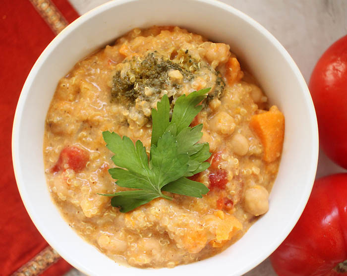 Slow Cooker Vegan Coconut Quinoa Curry Recipe