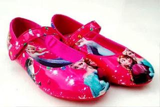 Model Sepatu Anak Perempuan Motif Frozen