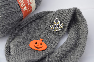 Gray button band hat with leaf or pumpkin button for sale at https://www.etsy.com/shop/JeannieGrayKnits