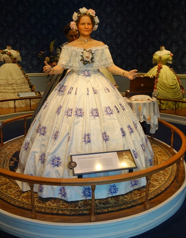With My Needle: Fashion During the Time of Mary Todd Lincoln