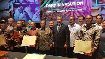 Percepat pembangunan desa, Mendes PDTT teken MoU dengan 102 kabupaten & 68 perusahaan - Info Presiden Jokowi Dan Pemerintah