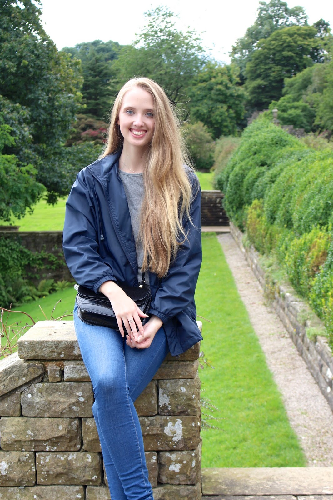 Travel lifestyle outdoor blogger at Sizergh Castle