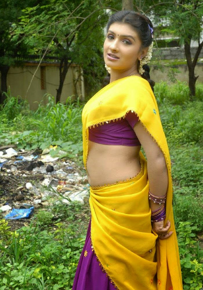 Indian Actress spicy stills