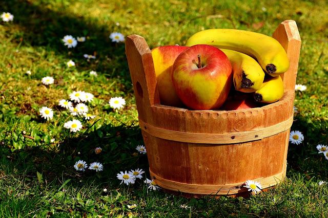 banana and apple