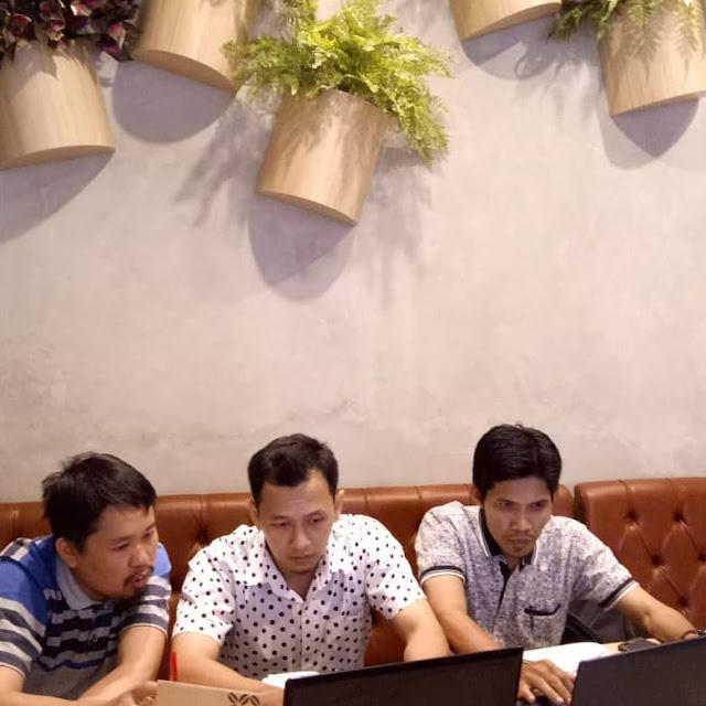 Privat Pembuatan Website Moderen Bersama Pak Khairul & Pak Chandra