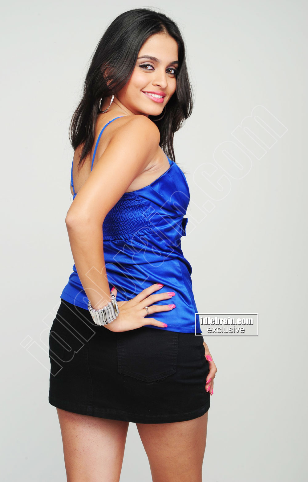 SHEENA SHAHABADI hot spicy in blue