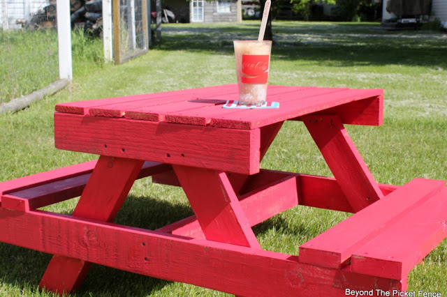 pallet furniture, salvaged wood, picnic table, kids table, red paint, outdoor ideas, summer, http://bec4-beyondthepicketfence.blogspot.com/2016/06/petite-pallet-picnic-table.html
