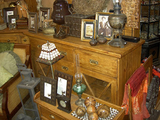 antiques shops, holidays in Suffolk