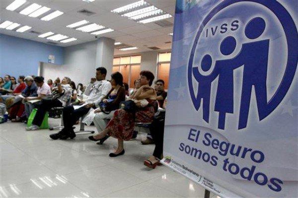 Preso almacenista de farmacia de Seguro Social de San Cristóbal por exigirle 300 mil bolívares al familiar de un paciente a cambio de tramitarle la entrega de medicamentos de oncología.