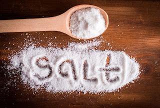 أضرار زيادة الملح في الجسم وطرق علاجه ...حصري
