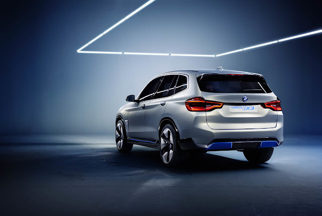 The BMW Concept iX3 advances the new BMW electric car in SUV format
