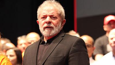 Lula é condenado a 9 anos de prisão por juiz Sergio Moro