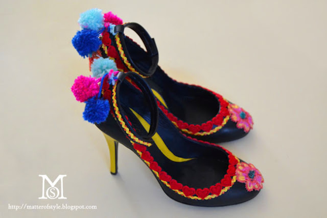 diy shoes, diy, fashion diy, l.k. bennett pom pom shoes, diy pom pom shoes, parrot shoes diy