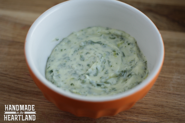 How to make cilantro lime aioli for tacos
