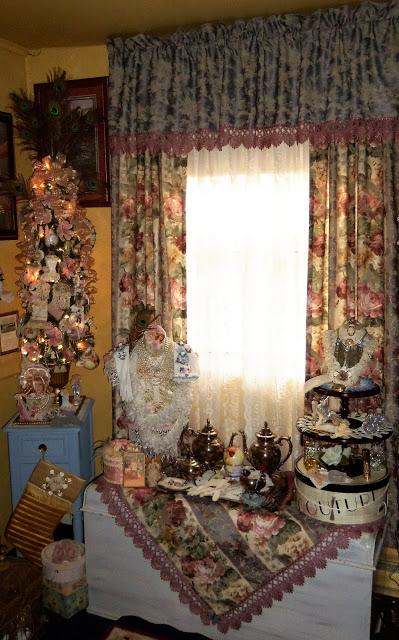 Christmas Home Tour, Master Bedroom, 2019