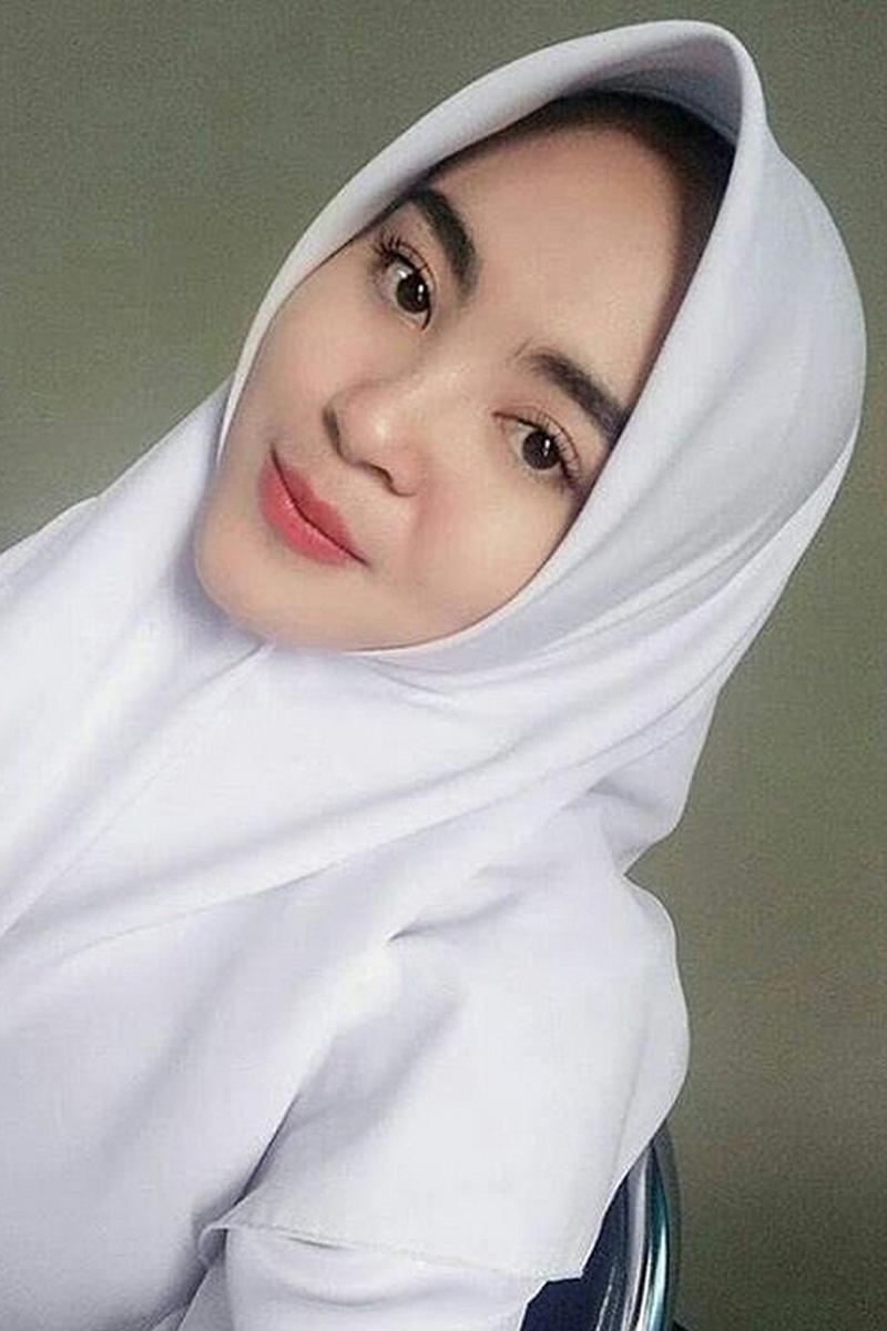Siswi Jilbab SMA Cantik hamil tetap sekolah