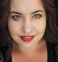 Autorka textu Hedvika z blogu the world of makeup