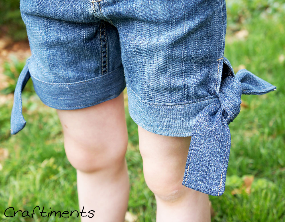 Craftiments:  Refashion Jeans to Side Tie Shorts Tutorial