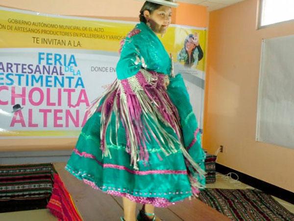 Inician cursos para producción de calzados para cholitas