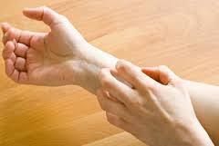 Foto Obat Ampuh Untuk Kulit Gatal Berair, Kering Akibat Jamur dan Alergi Dengan Salep Gatel Kulit