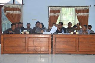 Rapat Konsultasi dengan DPRD, Bupati Utarakan Keinginan Pindah Kantor