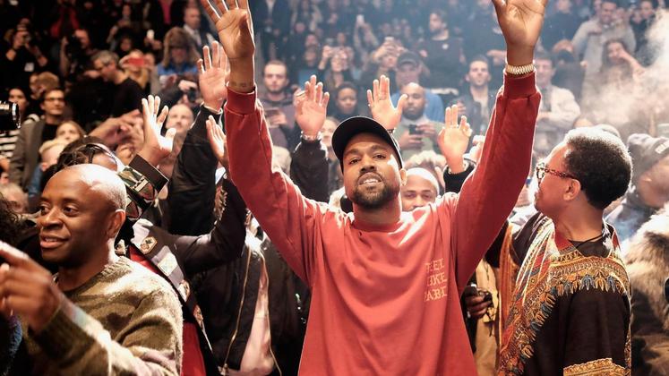 """""""The Life of Pablo"""" foi lançado com exclusividade na plataforma de Jay Z e não poderá ser encontrado nem mesmo nas lojas físicas."""