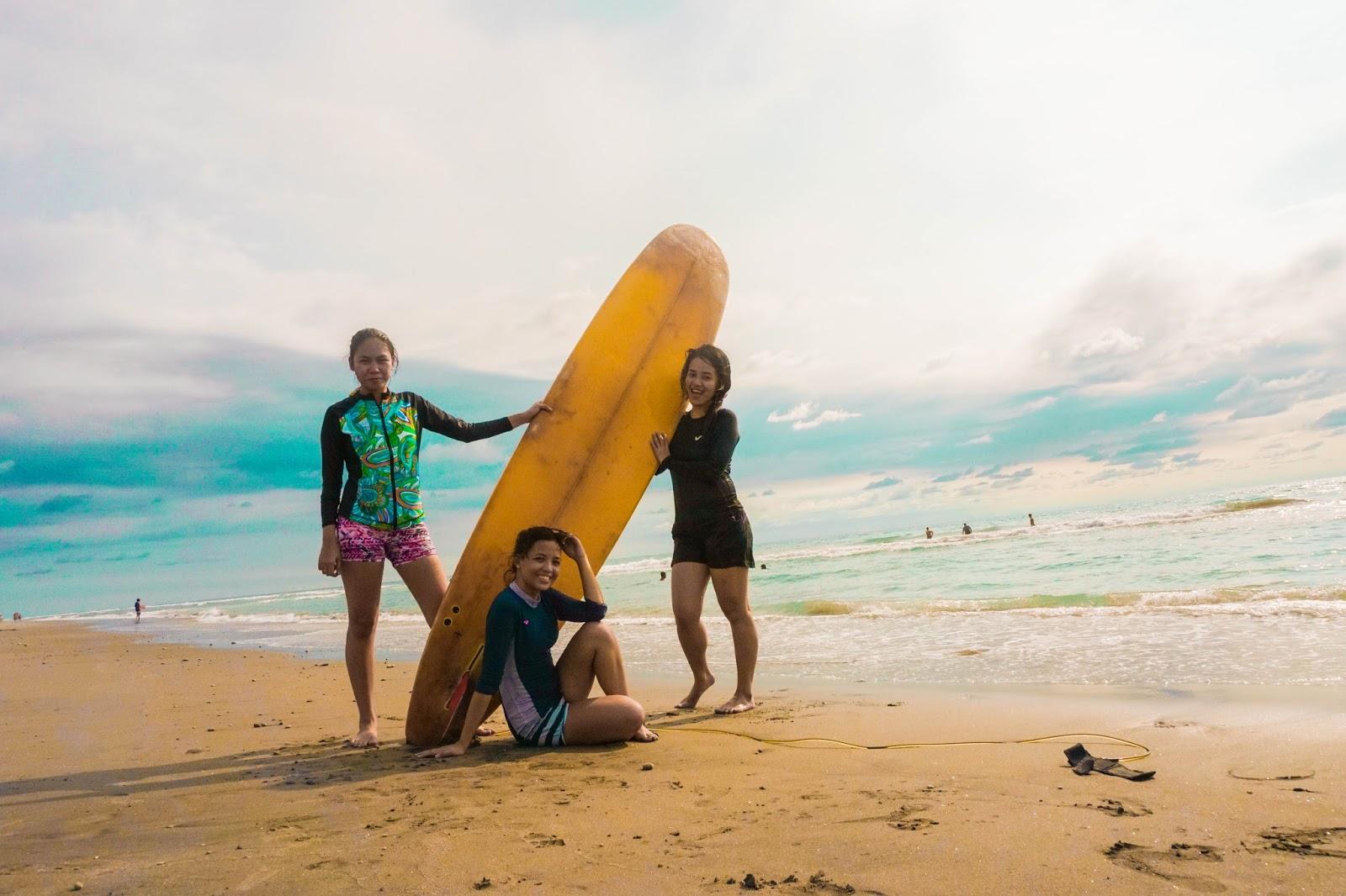 circle surfers