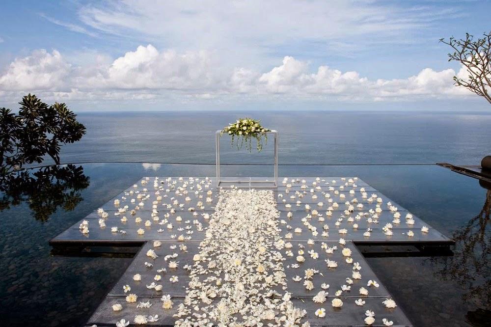 TOP 5 LUXURY RESORT TO GET MARRIED IN BALI BVLGARI RESORT & SPA