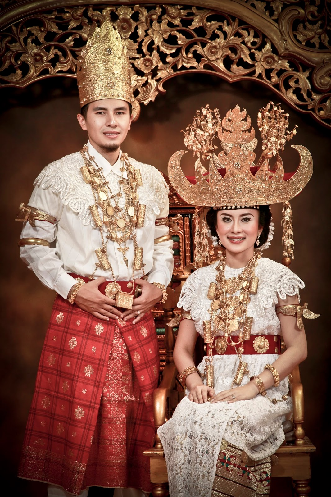 4 Pakaian Adat Lampung Beserta Gambarnya TradisiKita
