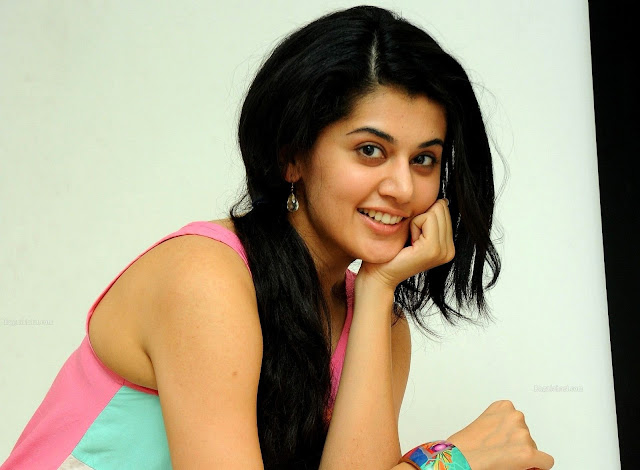 Taapsee Pannu HD Wallpapers Free Download