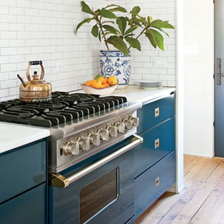 http://www.southernliving.com/home-garden/decorating/family-friendly-remodel/kitchen-blue-viking-range