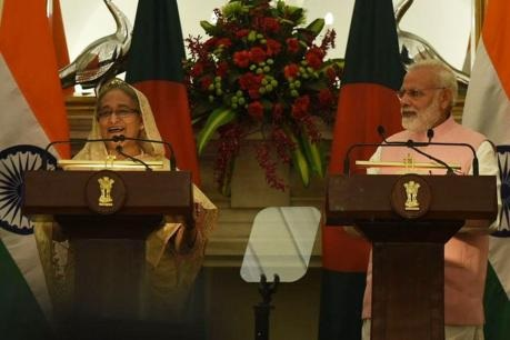 pm-modi-laughing-with-shekh-hassina