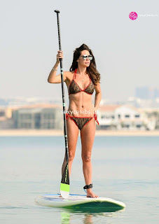 Danielle Lloyd ultra  body huge    in tiny bikini WOW Beach Side  Pics Celebs.in Exclusive 012